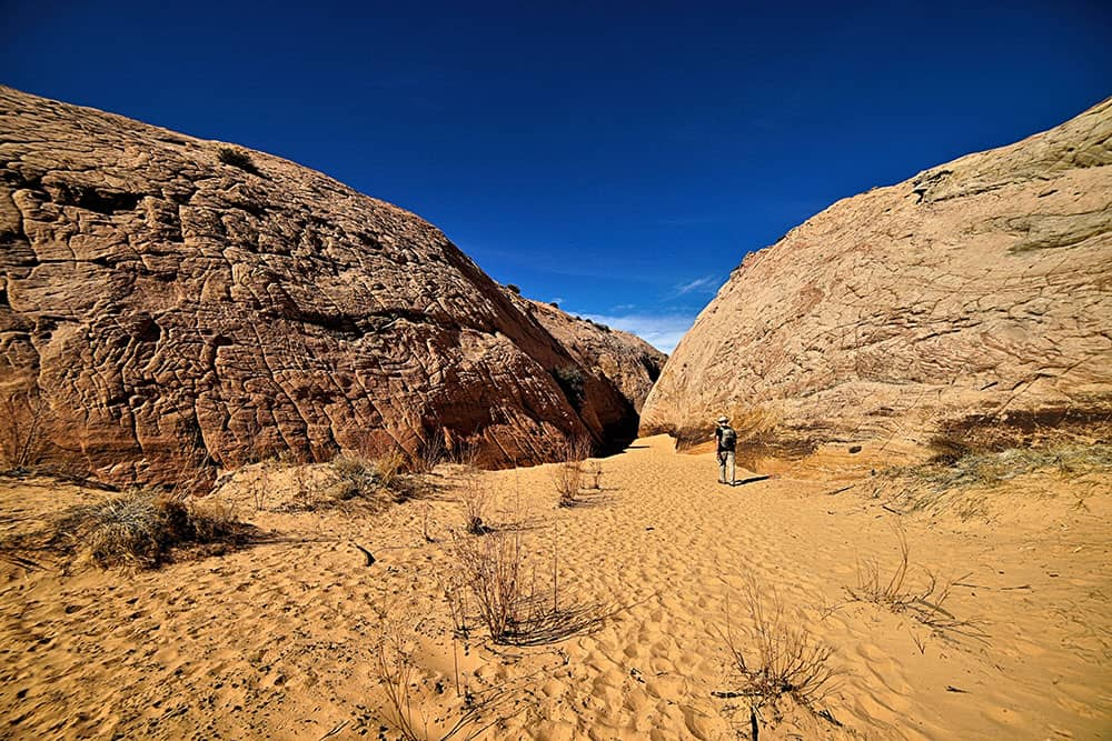Sand and sandstone formations